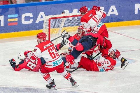 Norge misset i kampen om OL-billetten mot Danmark søndag. Foto: Beate Oma Dahle / NTB