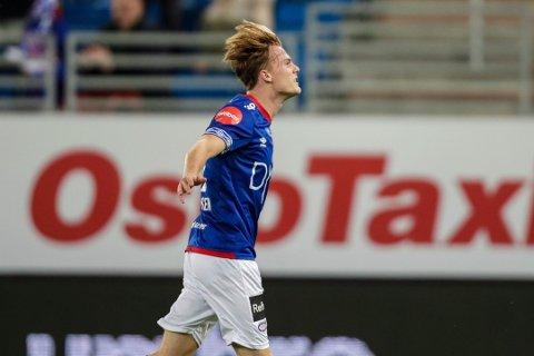 SUPERINNBYTTER: Tobias Christensen sørget for to raske mål, og levnet ingen tvil om at VIF skulle endelig få en seier igjen.