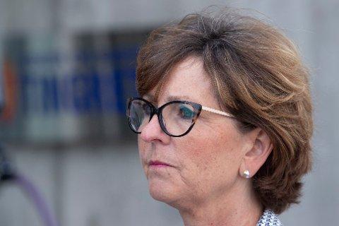 Ordfører i Bærum Lisbeth Hammer Krog (H) reagerer kraftig på avgjørelsen om å bygge en ny luftledning i kommunen.
