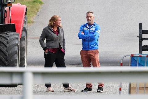 LO-advokat Marit Håvemoen og Clas Brede Bråthen er forberedt på at konflikten med Norges Skiforbund kan havne i retten. Foto: Geir Olsen / NTB.