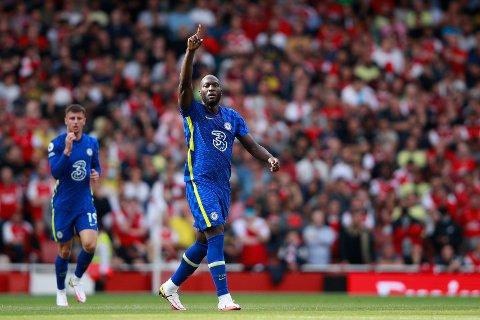 Romelu Lukaku jubler etter å ha scoret 1-0 over Liverpool 22.august. Lørdag kan det bli mer jubel når Aston Villa kommer på besøk.