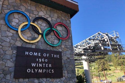 Skistedet Squaw Valley, som arrangerte vinter-OL i 1960, har byttet navn og heter heretter Palisades Tahoe. Foto: Haven Daley, AP / NTB