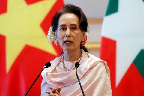 Myanmars tidligere sivile leder, Aung San Suu Kyi, fotografert i desember 2019. Arkivfoto: Aung Shine Oo / AP/ NTB