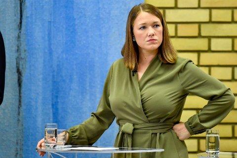 KRISETALL: MDG-leder Une Aina Bastholm var tydelig skuffet valgnatta da det var kjent at partiet havnet under sperregrensen på fire prosent. 12 dager senere er de over den magiske grensen i Nettavisens måling.