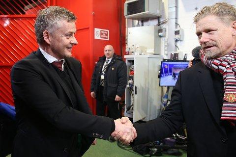 TROR PÅ SOLSKJÆR: Peter Schmeichel er komfortabel med jobben Ole Gunnar Solskjær gjør i Manchester United.