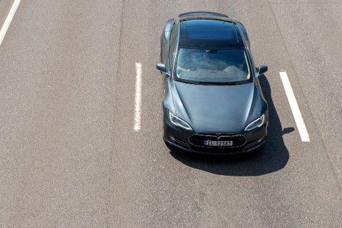 TESLA: Tesla Model 3 og Tesla Model Y dominerte statistikken over nyregistrerte biler i september.