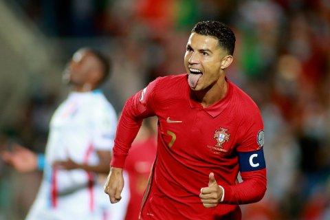 Cristiano Ronaldo jublet for tre nye landslagsmål da Portugal slo Luxembourg 5-0 i VM-kvalifiseringen. Foto: João Matos, AP / NTB