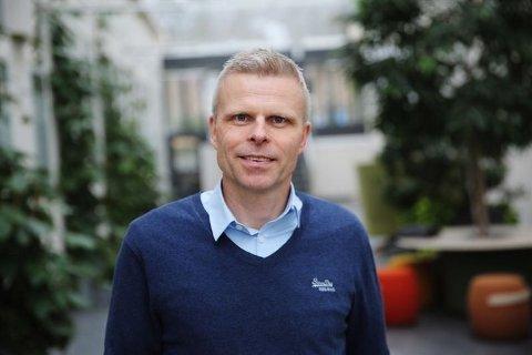 KRITISK: Bjørn Erik Sættem i Nordnet reagerer kraftig på fondsprisene til mange banker.