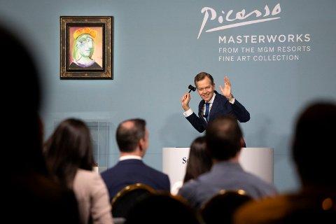 Auksjonen innbrakte over 100 millioner dollar. Foto: Ellen Schmidt / AP / NTB