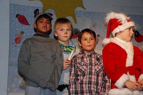 Fra venstre: Amirthan (til venstre), Boye, Nicholas og Erik (som har nisselue på).