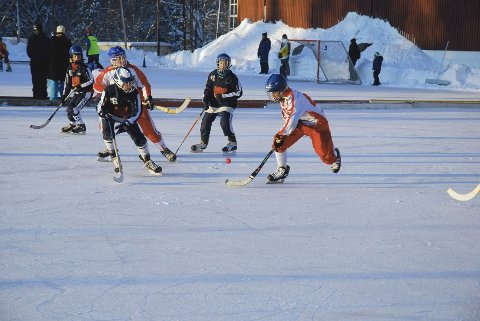 ISEN REDDET: Spillerne får nå en garanti for at isen blir permanent i vintersesongen de neste årene.