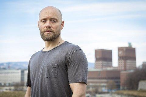 TILBAKE TIL NORGE: Aksel Hennie spiller hovedrollen som Erling Riiser.