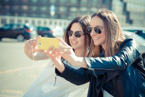 SELFIES: Det er farlig å ta selfies - det kan i hvert fall være det.