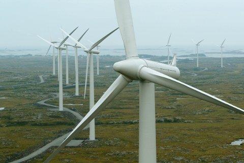 Vindkraftverk på Smøla i Møre og Romsdal.