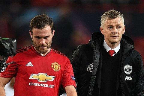 REAGERER: Paul Scholes sier han reagerte umiddelbart da David Moyes hentet Juan Mata (t.v. i bildet) til Manchester United. Her sammen med nåværende manager Ole Gunnar Solskjær.
