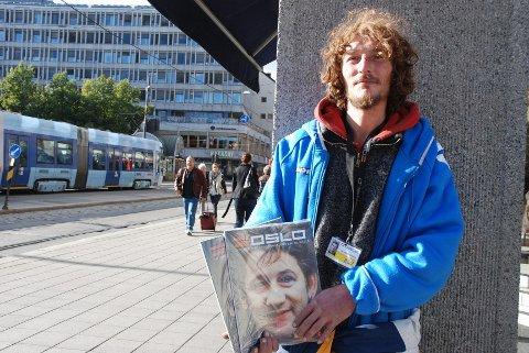 Gatemagasinet =Oslo har måtte stenge salgskontoret på grunn av koronasituasjonen. Dette rammer selgerne hardt. Foto: SCANPIX
