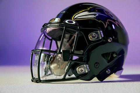 Slik ser ansiktsbeskyttelsen som skal brukes i NFL ut. Foto: Oakley via AP / NTB scanpix