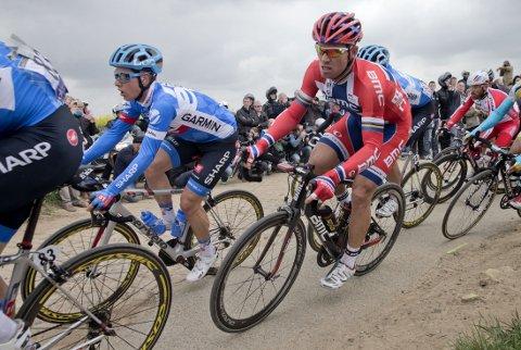 RYKKET TRE GANGER: Men Thor Hushovd klarte ikke å holde helt inn i Paris-Roubaix.