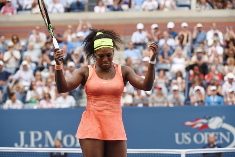 FADESE: Serena Williams gikk på en stygg smell mot useedete Roberta Vinci.