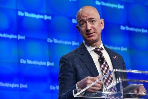 KLARER SEG BRA: Jeff Bezos ble styrtrik på å grunnlegge Amazon.com. Han eier også Washington Post. I sin tid ville han bli fysiker, men kom til en viktig erkjennelse.