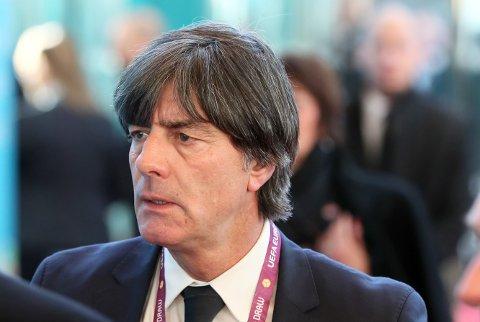 KOM MED SJOKKMELDING: Joachim Löw har bestemt seg for å pensjonere tre av Tysklands mest rutinerte stjerner fra videre landslagsspill.