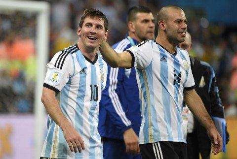 PARTNERE: Lionel Messi og Javier Mascherano passer som hånd i hanske.