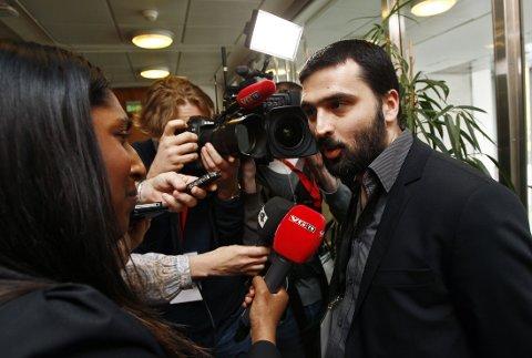 KAN FÅ FAST PLASS: Økonomen og samfunnsdebattant Ali Esbati under terrorrettssaken i 2012. Nå forbereder han seg på fire år som riksdagspolitiker i Stockholm for sosialistiske Vänsterpartiet.