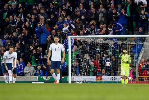 SEERREKORD: De norske spillerne depper mens nordirene jubler: 0-2-tapet for Nord-Irland ga uansett Eurosport Norge ny seerrekord.