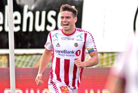 Tromsø og Simen Wangberg har ambisjoner om å rykke direkte opp igjen til eliteserien denne sesongen.