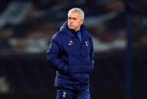 ADVARTE: Jose Mourinho skal ha gitt spillerne sine klar beskjed i pausen.