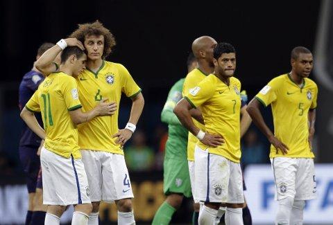 TRIST: Brasils to siste kamper i sitt eget mesterskap var rett og slett bare nitrist.