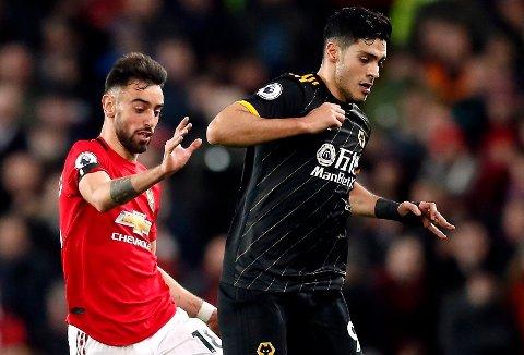 KUNNE BLITT LAGKAMERATER: Manchester Uniteds Bruno Fernandes (til venstre) og Wolverhampton-profilen Raúl Jiménez,