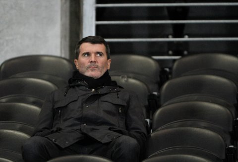 BESTEMORPRAT: Roy Keane pratet med den «døde» bestemoren til Stephen Ireland på en flytur.