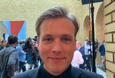 Unge Venstre-leder Sondre Hansmark har et samlet landsstyre bak seg i forslaget om ny partileder.