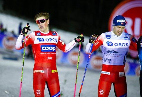 DOBBEL MORO: Johannes Høsflot Klæbo (til venstre) vant suverent i den utradisjonelle sprinten i Åre. Pål Golberg ble nummer fire og økte ledelsen i Ski Tour-sammendraget
