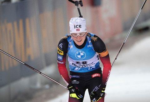 FEILFRI: Marte Olsbu Røiseland reiste seg etter skuffelsen fra lørdag og sikret den ene av to norske pallplasser på søndagens sprintdistanse.