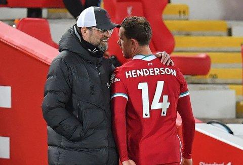 ERSTATTER PÅ TRAPPENE? En mulig arvtaker for Jürgen Klopp skal være pekt ut. Her er Liverpool-sjefen fotografert sammen med Jordan Henderson.