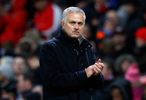 MOT NY JOBB? José Mourinho kan se ut til å nære seg en ny managerjobb.