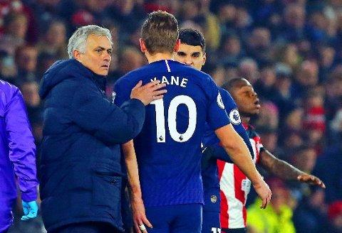 BEKYMRET: Et av Tottenham-manager José Mourinhos verste mareritt kan ha blitt til virkelighet da Harry Kane ble langtidsskadd nylig. Nå hevdes det at klubben er på en intens spissjakt.