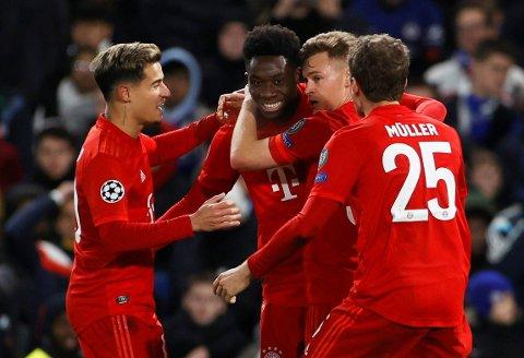 OMSKOLERT TIL BACK: Vingen Alphonso Davies gjør stor suksess som back i Bayern München.