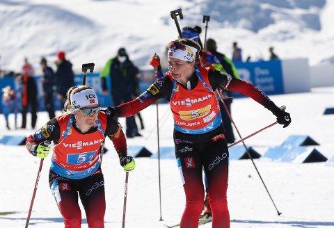HADDE LUKE: Marte Olsbu Røiseland gikk ut i front på siste etappe av VM-stafetten. Debutant Ida Lien skaffet Norge et forsprang.