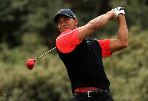 LÆRTE ROULETTE: Tiger Woods fikk en leksjon i hvordan man spiller roulette av nordmannen Stein Smith en gang i Las Vegas. Det er bare en av mange historier gambleren har fra et langt liv på casino verden over.