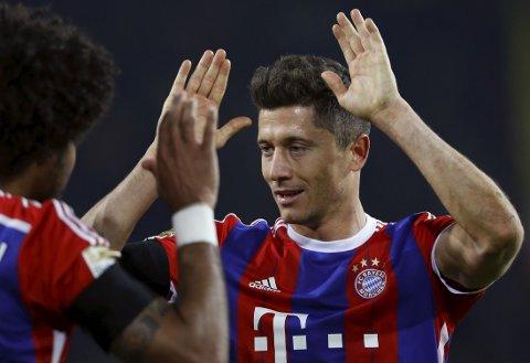 SENKET GAMLEKLUBBEN: Robert Lewandowski scoret kampens eneste mål for Bayern München mot Borussia Dortmund på lørdag.