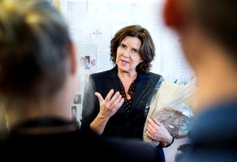 MYE Å TA TAK I: Likestillingsombud Hanne Bjurstrøm kan se på lønnsforskjeller mellom kvinner og menn, men også på arbeidsmengde og skattebetaling.