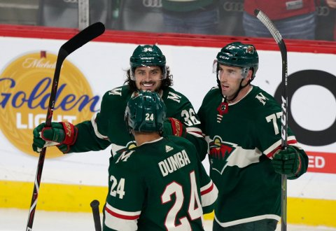 Mats Zuccarello (36) har hatt en svak start på NHL-sesongen i Minnesota.