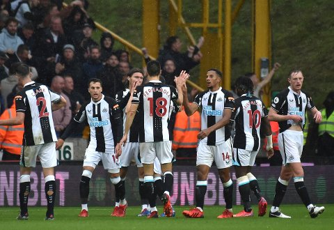 Newcastle-spillerne i en ligakamp mot Wolverhampton nylig. Foto: Rui Vieira / AP / NTB