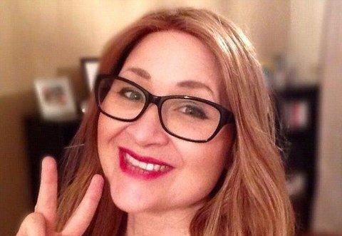 Roewna Kincaid har brystkreft og reagerte da Facebook tok ned et bilde hun delte for å skape oppmerksomhet rundt kreftformen.