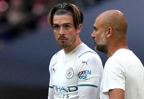 TAPTE PREMIEREN: Manchester City, nysigneringen Jack Grealish og manager Pep Guardiola.