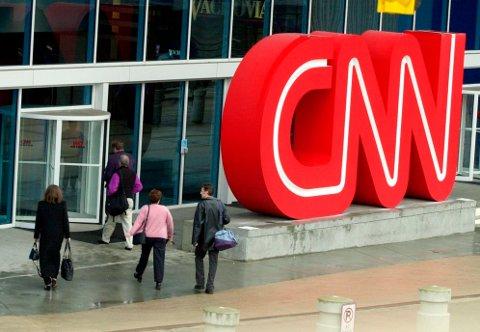 CNN har sparket tre ansatte som brøt selskapets retningslinje om at de må være koronavaksinert for å kunne dra på jobb. Arkivfoto: Ric Feld / AP / NTB