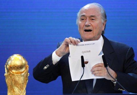 KRITISERES: Sepp Blatter og FIFA er under lupen etter tildelingene av VM til Russland og Qatar.